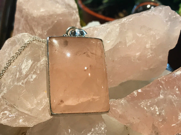 Rose Quartz Akoni Pendant Square - Jewels & Gems