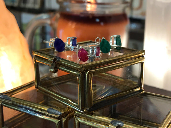 Saana Studs in semi-precious Ruby / Emerald / Sapphire - Jewels & Gems