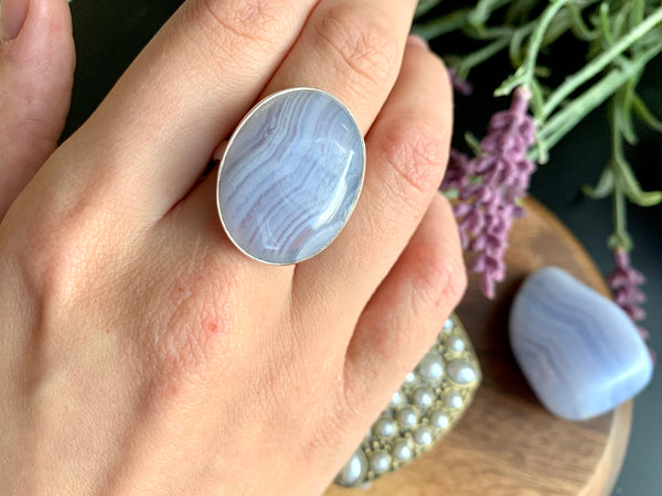Blue Lace Agate Adjustable Ring - Regular Oval - Jewels & Gems