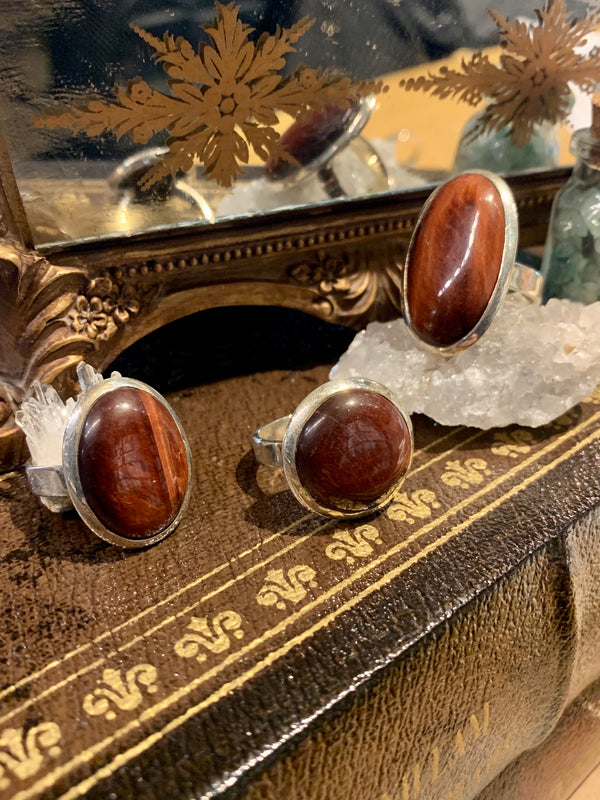 Red Tiger's Eye Large Akoni Rings (Round, Oval, Lg Oval) - Jewels & Gems
