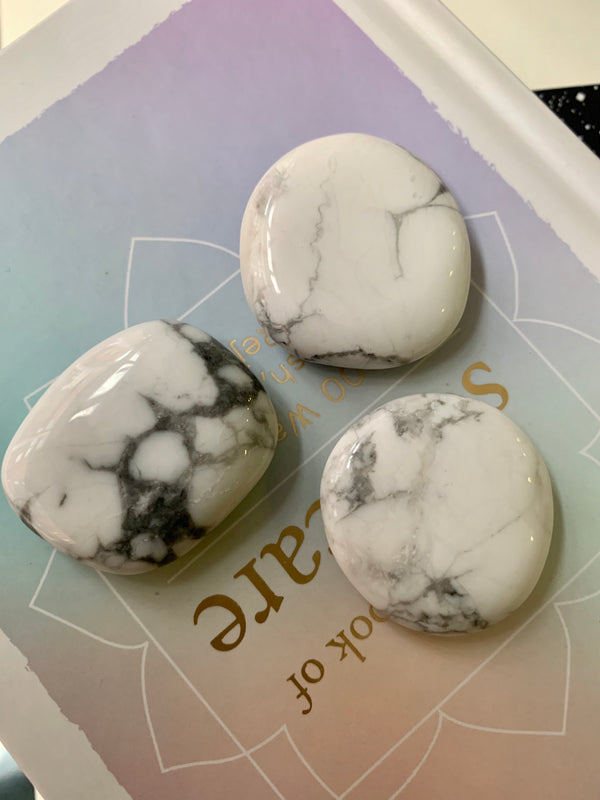 Howlite Smoothstones - Jewels & Gems