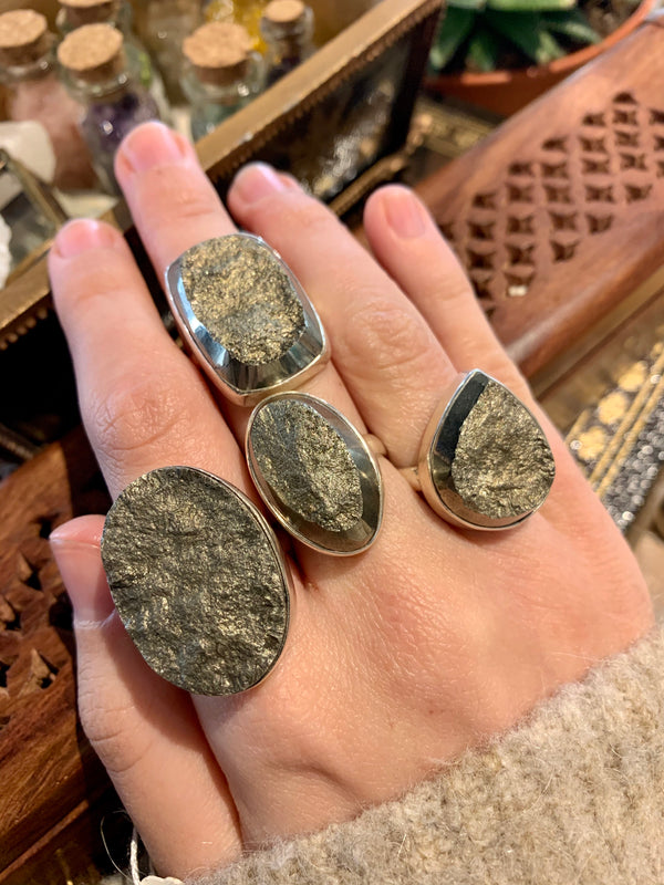 Raw Pyrite Large Akoni Rings - Jewels & Gems