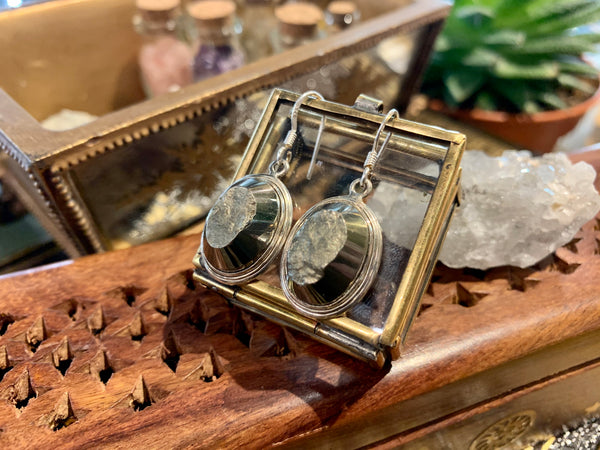 Raw Pyrite Ari Earrings - Jewels & Gems