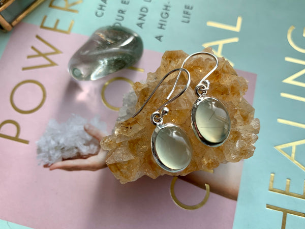 Prehnite Oval Akoni Earrings - Jewels & Gems