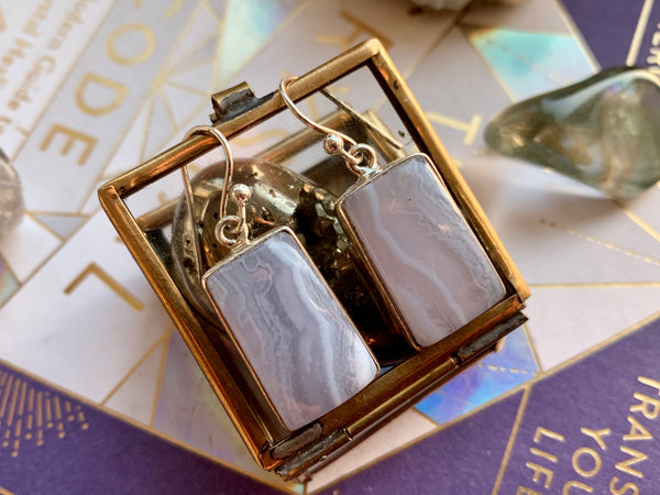 Blue Lace Agate Square Akoni Earrings - Jewels & Gems