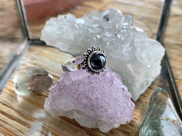 Hematite Sole Ring - Jewels & Gems