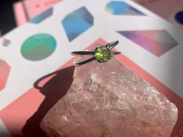 Peridot Laila Ring - Jewels & Gems