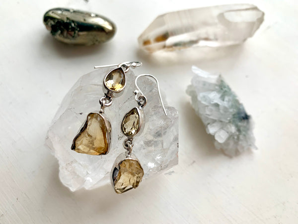 Citrine Raw & Polished Akoni Earrings - Jewels & Gems