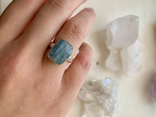 Aquamarine Akoni Ring - Square - Jewels & Gems