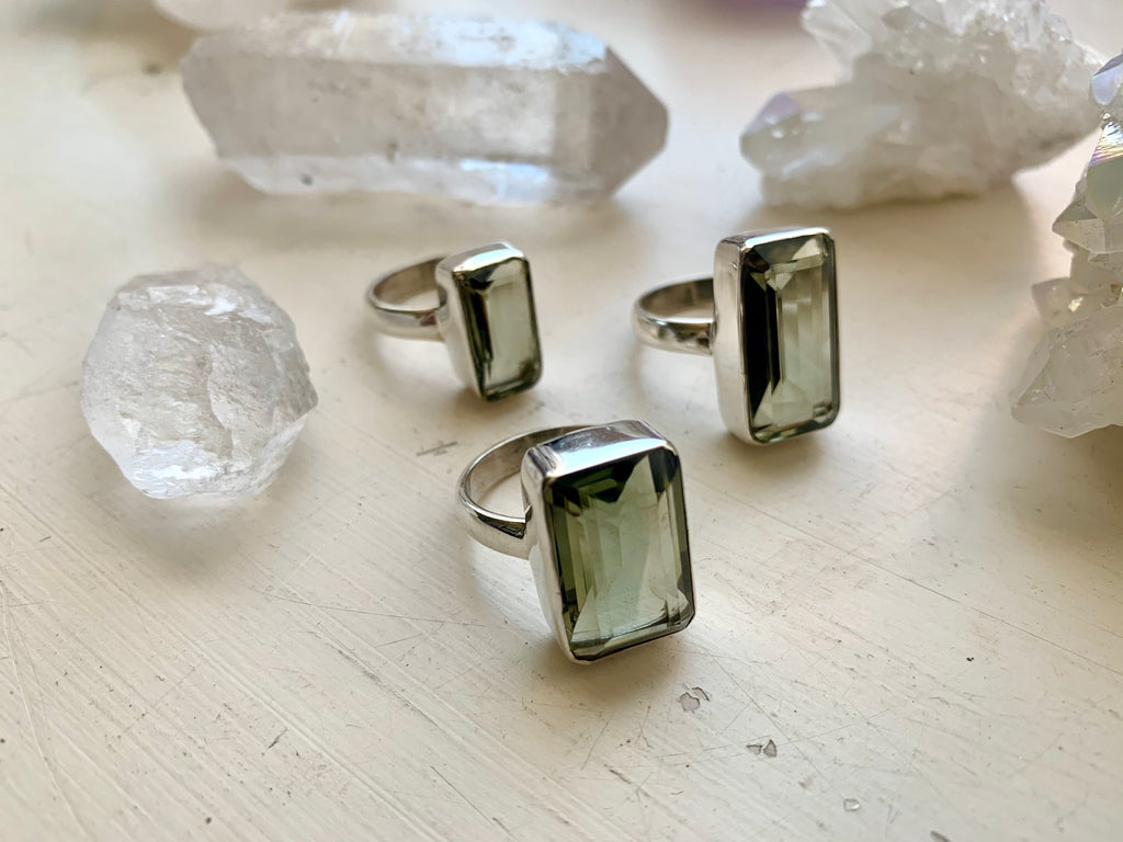 Green Amethyst Akoni Ring - Rectangular - Jewels & Gems