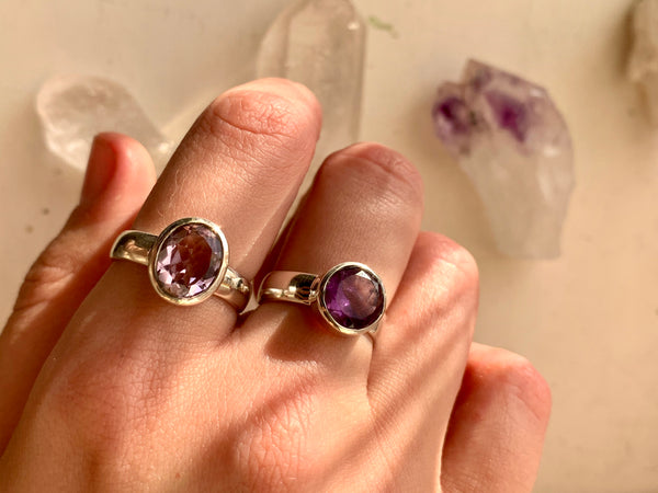 Amethyst Sabina Ring - Round / Oval - Jewels & Gems