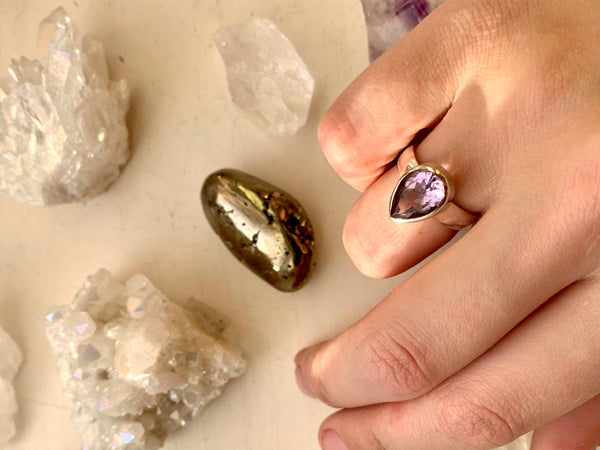 Amethyst Sabina Ring - Teardrop - Jewels & Gems