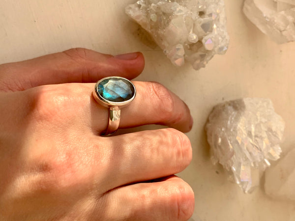 Labradorite Sabina Ring - Medium Oval - Jewels & Gems
