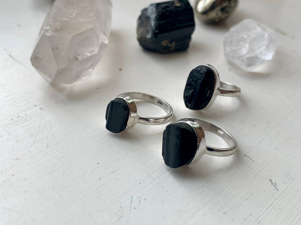 Black Tourmaline Akoni Ring - Oval (US 7.5) - Jewels & Gems