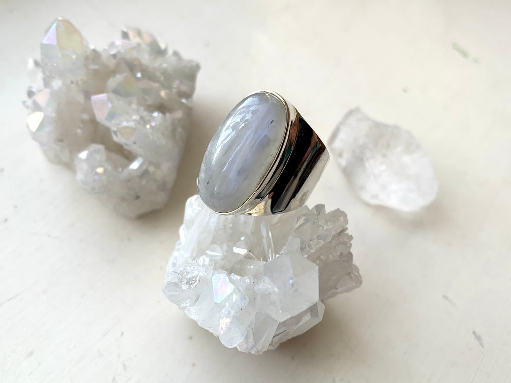 Moonstone Signet Ring - Jewels & Gems