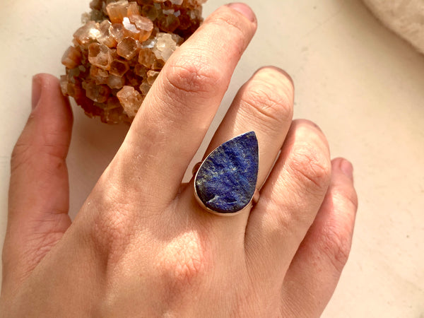 Raw Lapis Lazuli Akoni Ring - Large Teardrop - Jewels & Gems