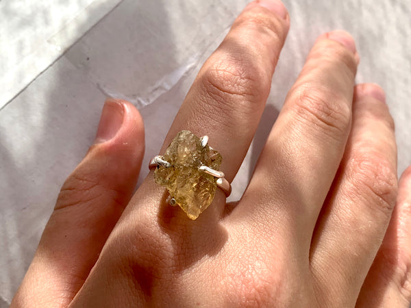 Raw Citrine Sanaa Ring - Jewels & Gems