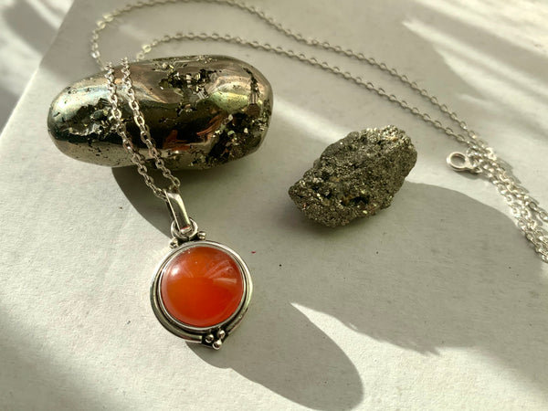 Carnelian Ari Dot Pendant - Jewels & Gems