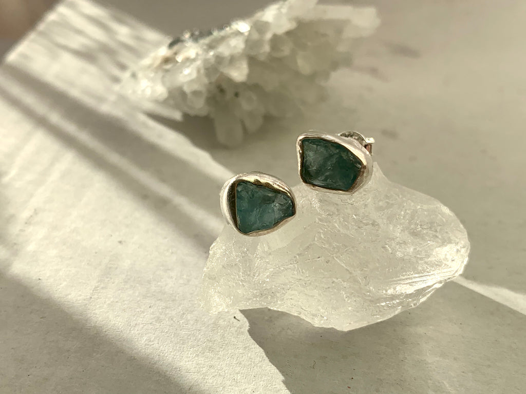 Raw Blue Apatite Akoni Studs - Jewels & Gems