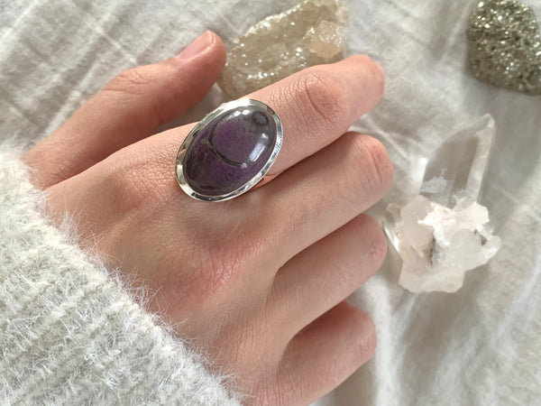 Sugilite Naevia Adjustable Ring - Small Oval - Jewels & Gems