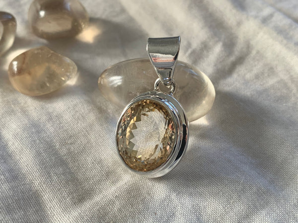Citrine Ansley Pendant - Small Round - Jewels & Gems