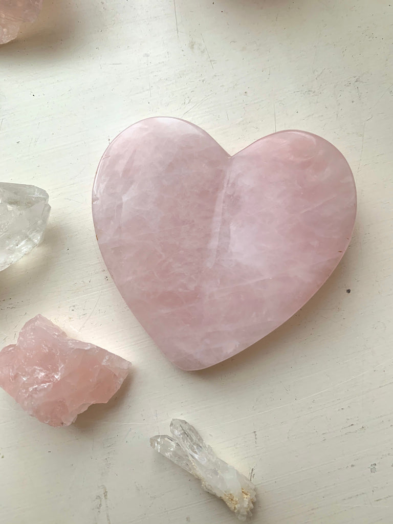 The Rose Quartz Gua Sha - Jewels & Gems