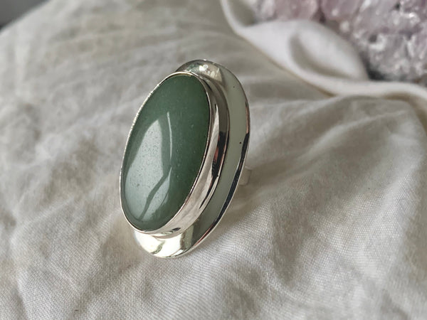 Green Aventurine Medea Ring - XLarge Oval (US 6.5) - Jewels & Gems