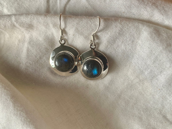 Labradorite Medea Earrings - Round