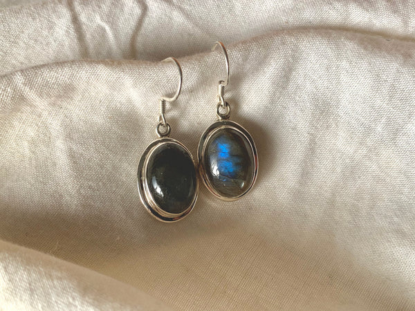 Labradorite Ansley Earrings - Oval