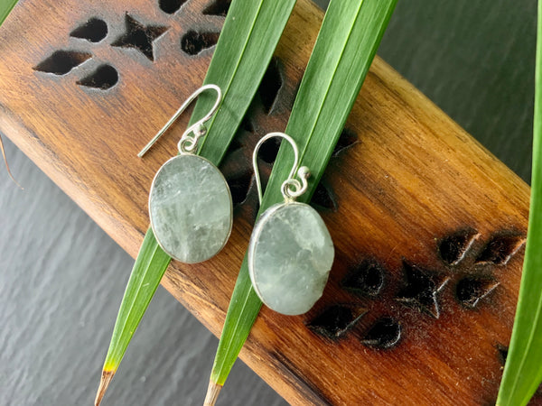 Raw Aquamarine Akoni Earrings - Medium Oval