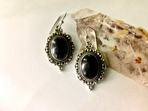 Onyx Nissa Earrings - Drop / Oval - Jewels & Gems
