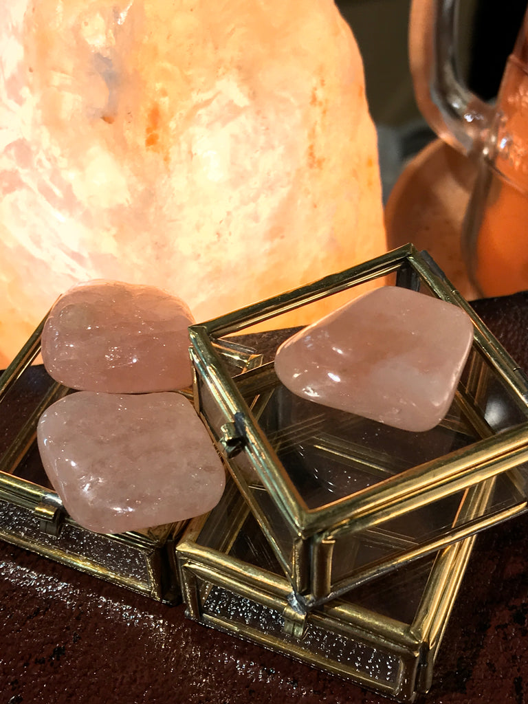 Morganite Tumbled Stone - Jewels & Gems