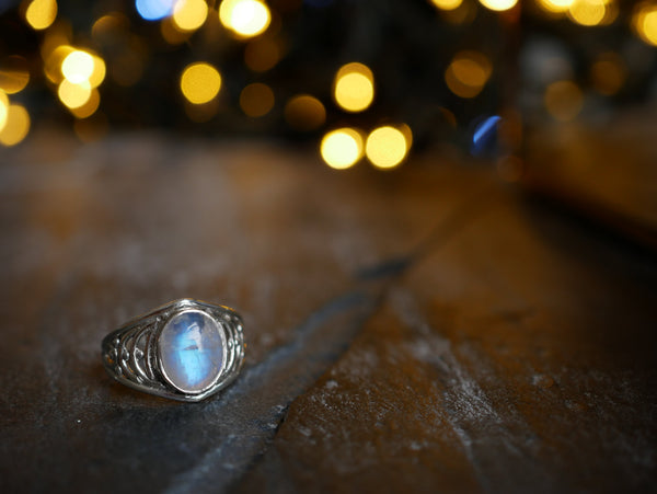 Moonstone Ilkay Ring - Jewels & Gems