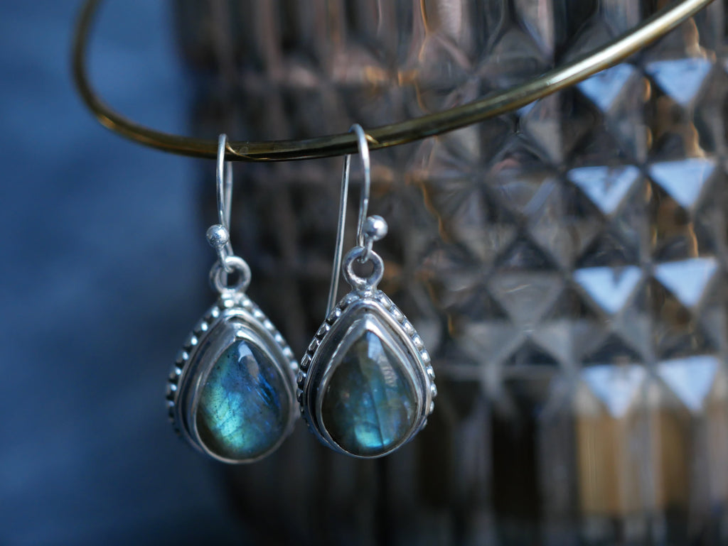 Labradorite Gala Earrings - Teardrop - Jewels & Gems