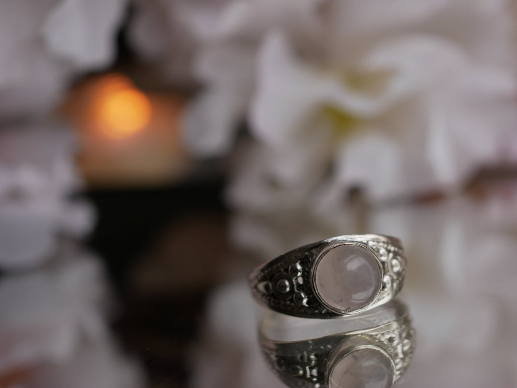Rose Quartz Aurea Ring - Jewels & Gems