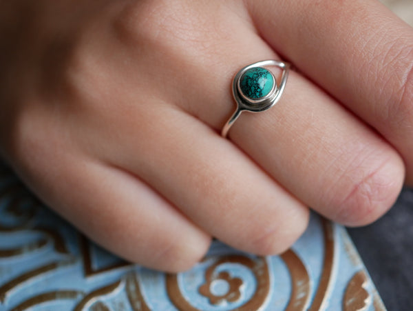 Turquoise Signe Ring - Jewels & Gems