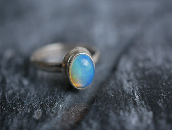 Ethiopian Opal Ari Ring - Jewels & Gems