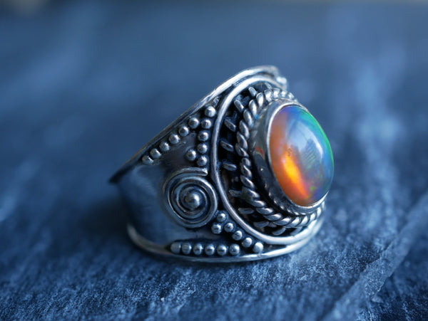 Opal Flamma Ring - Jewels & Gems