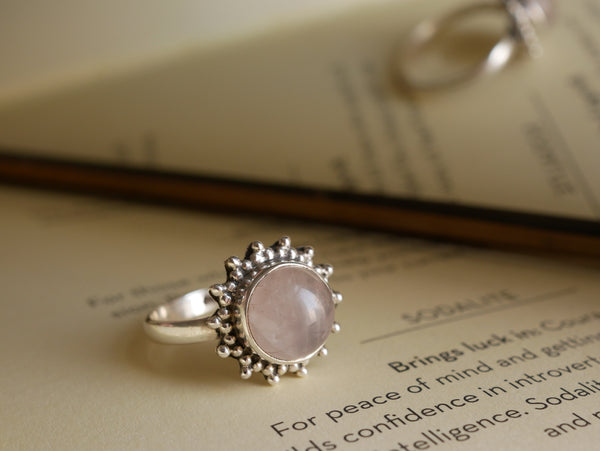 Rose Quartz Sole Ring - Jewels & Gems