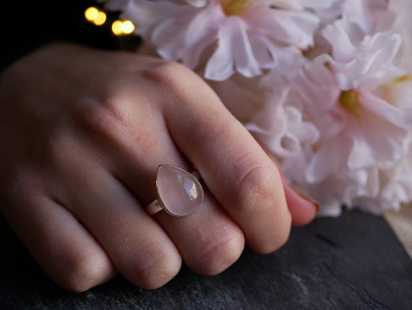 Rose Quartz Akoni Ring (US 8) - Jewels & Gems