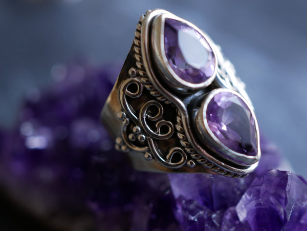 Amethyst Athena Ring - Jewels & Gems