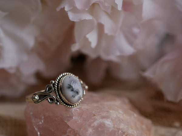 Dendritic Agate Alta Ring - Oval (US 8) - Jewels & Gems