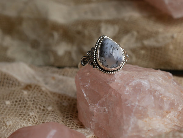 Dendritic Agate Alta Ring - Drop (US 6) - Jewels & Gems