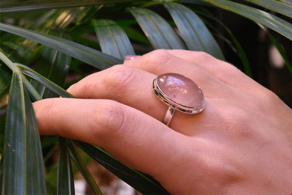 Rose Quartz Ari Ring - Jewels & Gems