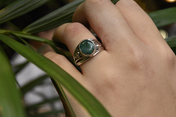 Semi-precious Emerald Aurea Ring - Jewels & Gems
