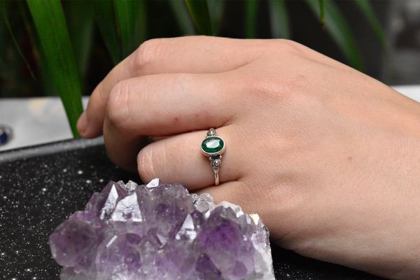 Semi-precious Emerald Kata Ring - Jewels & Gems