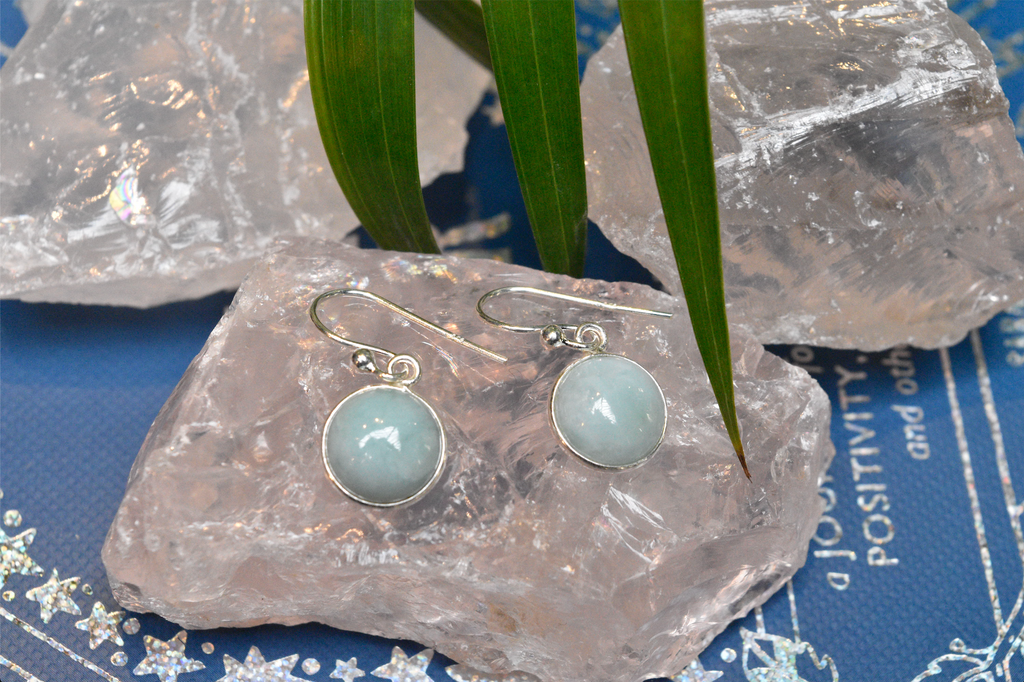 Larimar Akoni Earrings Round - Jewels & Gems
