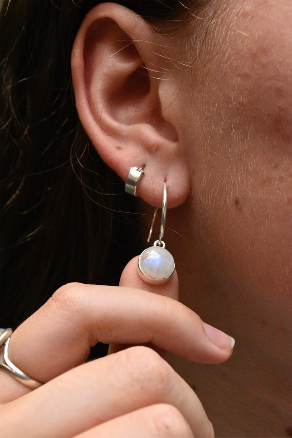 Moonstone Signe Earrings - Jewels & Gems
