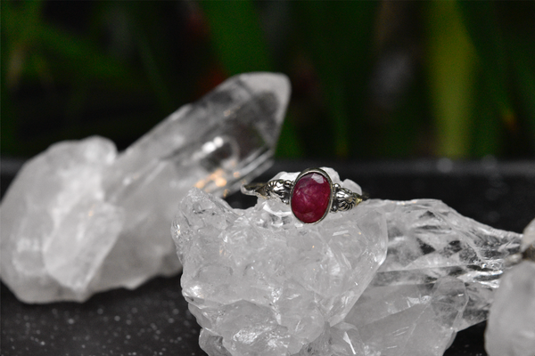 Semi-precious Ruby Kata Ring - Jewels & Gems