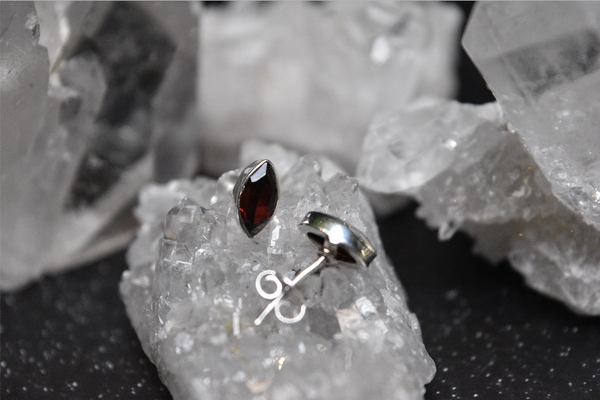 Garnet Akoni Studs - Jewels & Gems